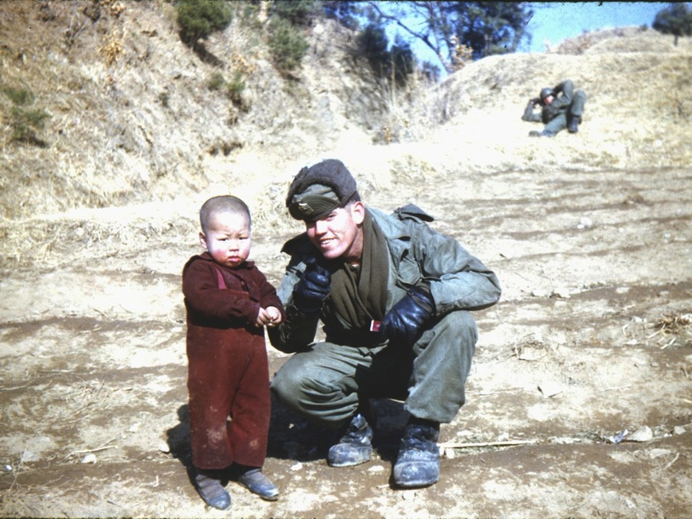 Soldier with Korean orphan.jpg